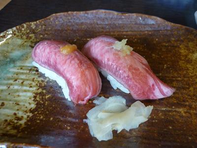 牛タンにぎり寿司